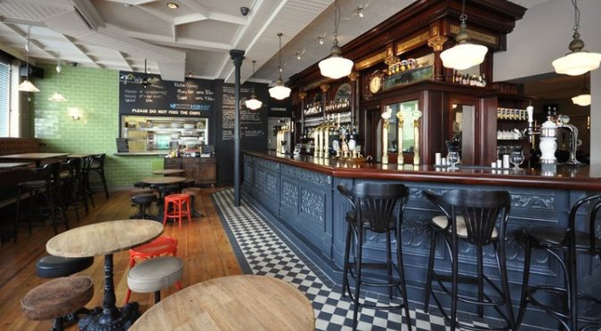 English Pubs and Inns_The Victoria Inn Peckham
