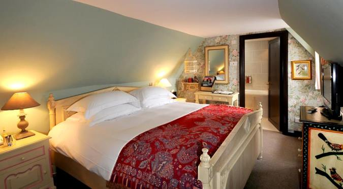 master builder's house - room - small boutique hotels uk