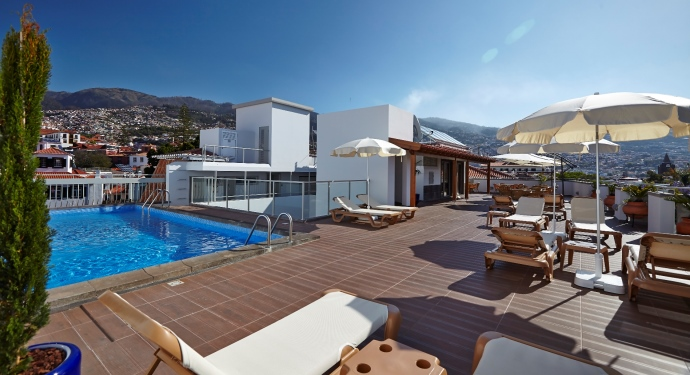 Hotel Madeira_Rooftop terrace_Family Friendly Portugal