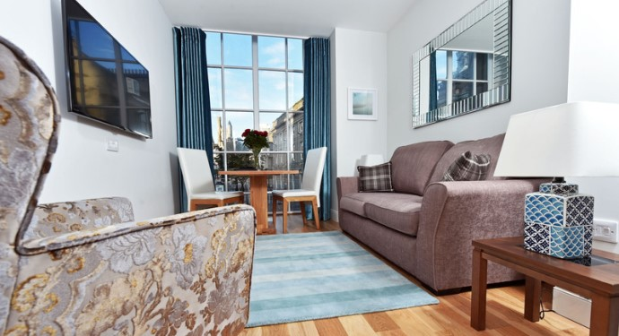top 10 holiday apartments and villas_royal athenaeum suites_aberdeen_scotland